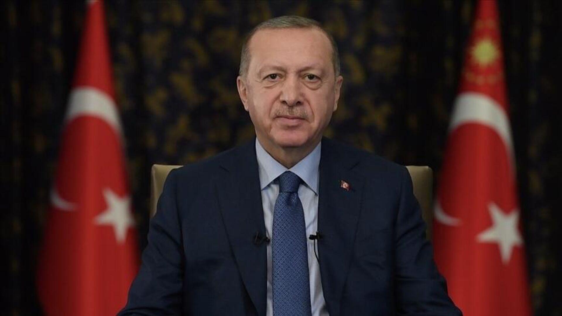 Cumhurbaşkanı Erdoğan: Önümüzde büyük ve güçlü Türkiye'yi inşa edeceğimiz bir dönem var - Sputnik Türkiye, 1920, 24.09.2021