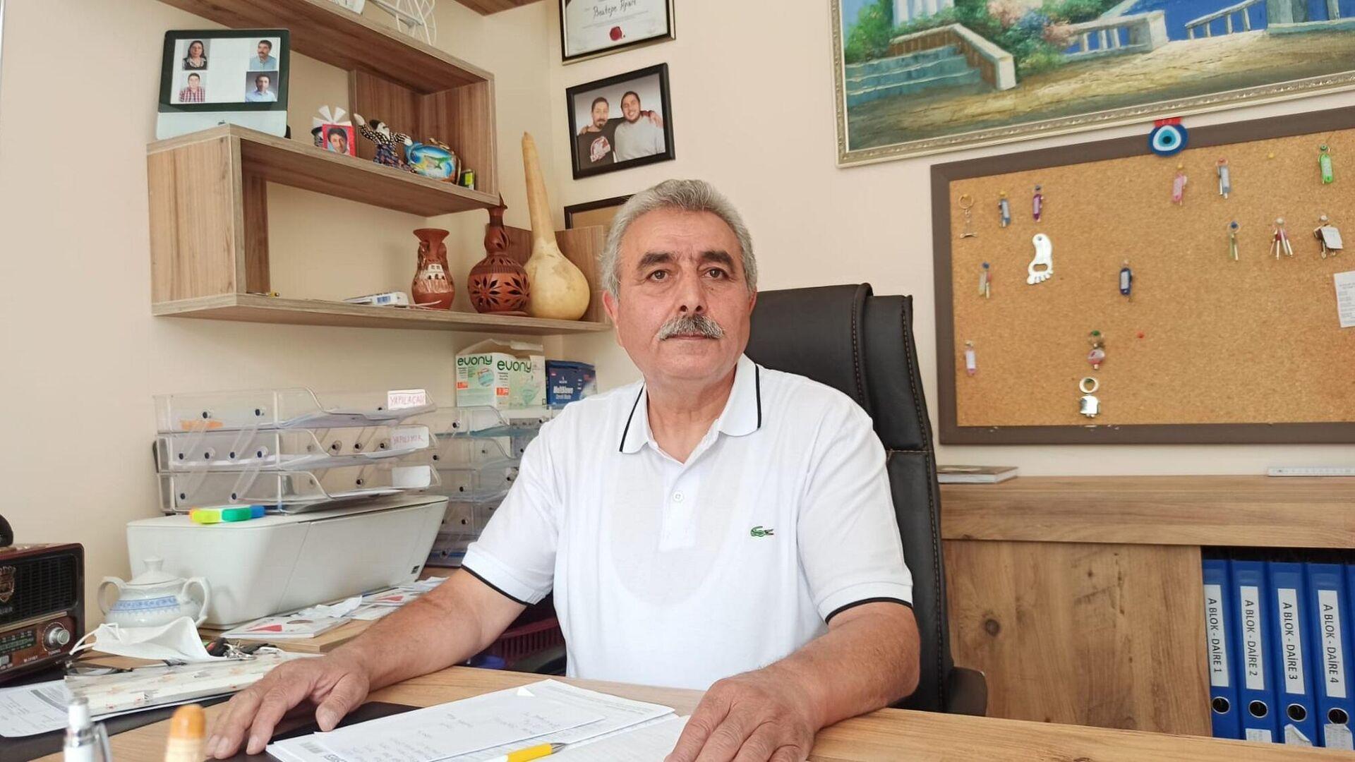63 dairesi olan ev sahibi Abdullah Boztepe - Sputnik Türkiye, 1920, 17.09.2021