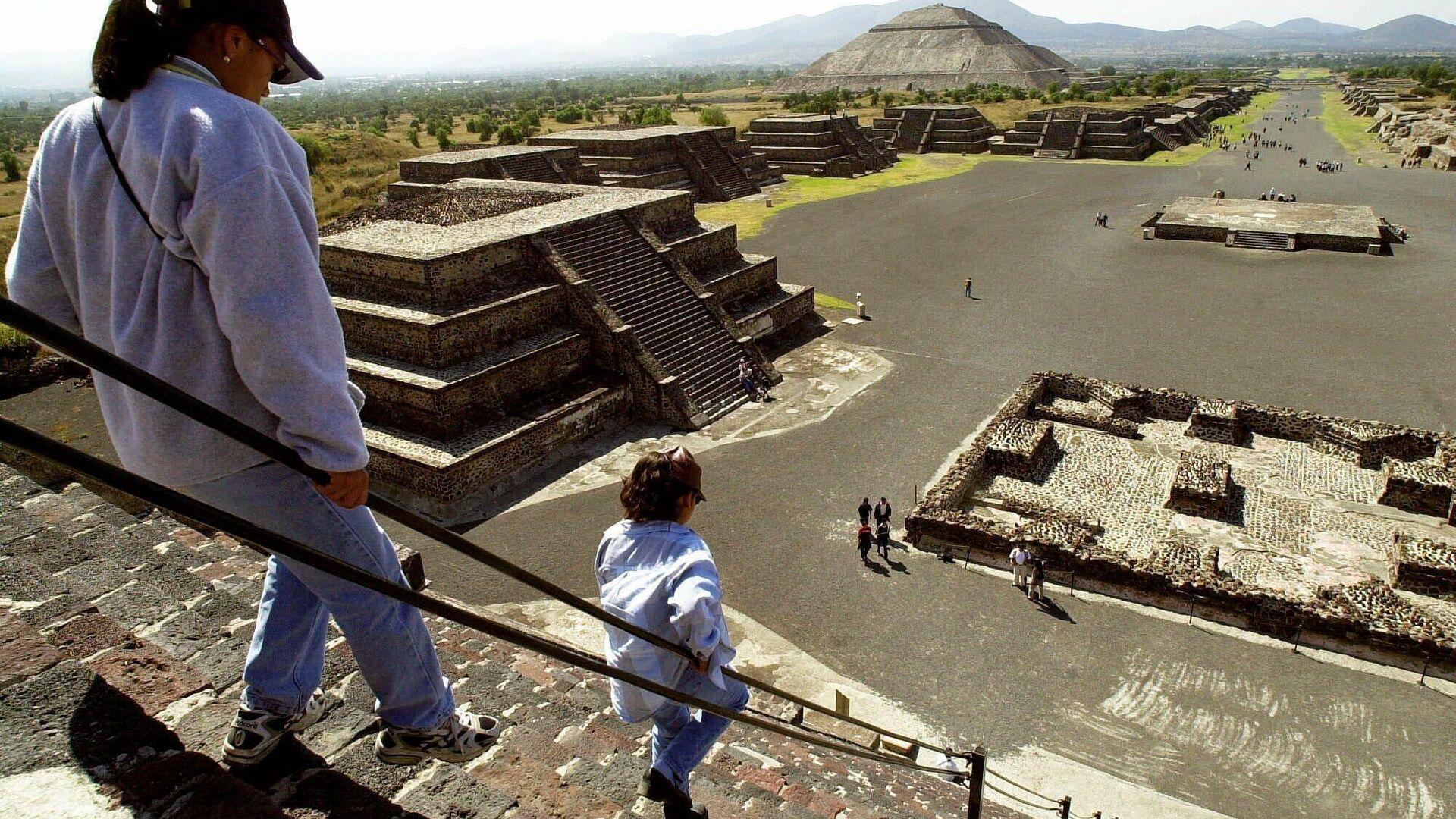 Teotihuacán antik kenti - Sputnik Türkiye, 1920, 23.09.2021