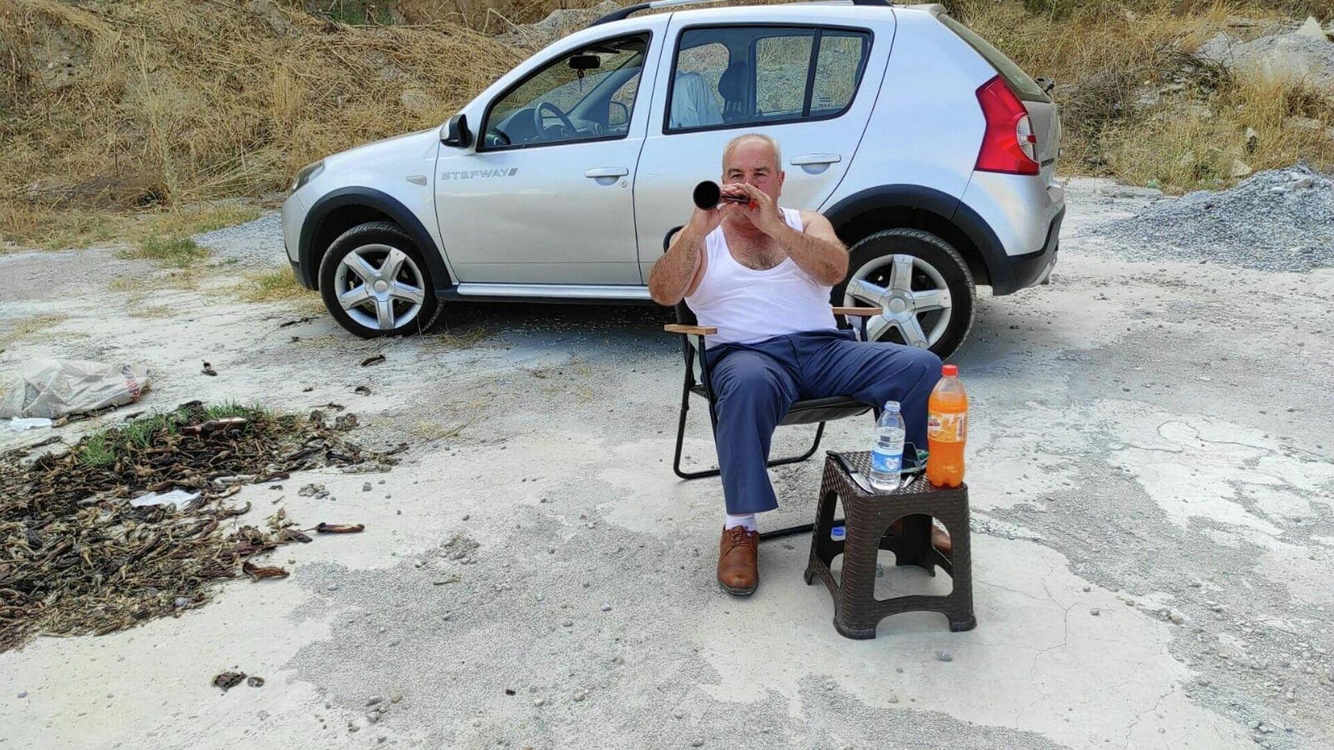 Aydın'da emekli olduktan sonra baba mesleği zurnacılığa merak saran 67 yaşındaki Hüseyin Güler - Sputnik Türkiye, 1920, 23.09.2021