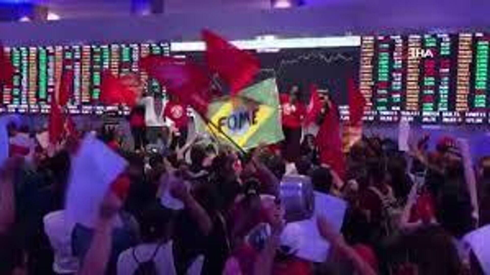 Brezilya'da Evsiz İşçiler Hareketi, Sao Paulo Menkul Kıymetler Borsası'nı bastı. - Sputnik Türkiye, 1920, 24.09.2021