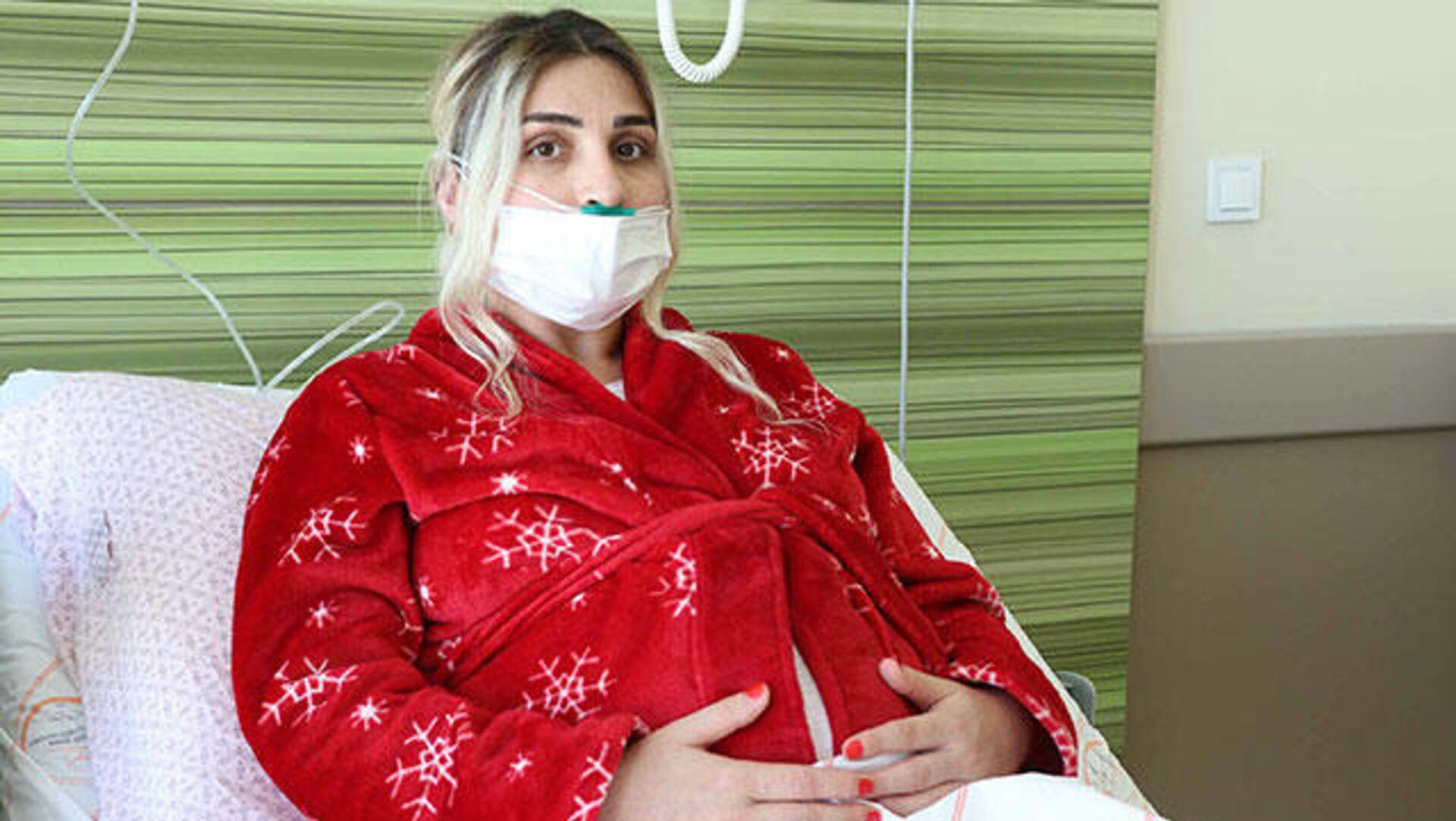 Koronavirüse yakalanan hamile kadın: Keşke bütün doz aşılarımı yaptırsaydım - Sputnik Türkiye, 1920, 26.09.2021