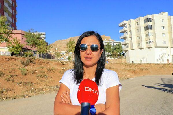 Diyarbakır'da yaşarken pandemi nedeniyle iş yerini kapatıp doğup büyüdüğü memleketi Derik'e yerleşen Sevdet Baki, sosyal medya hesabından yaptığı paylaşımda ücretsiz bisiklet kursu vereceğini açıklamasının ardından kadınlardan olumlu dönüşler aldı. - Sputnik Türkiye
