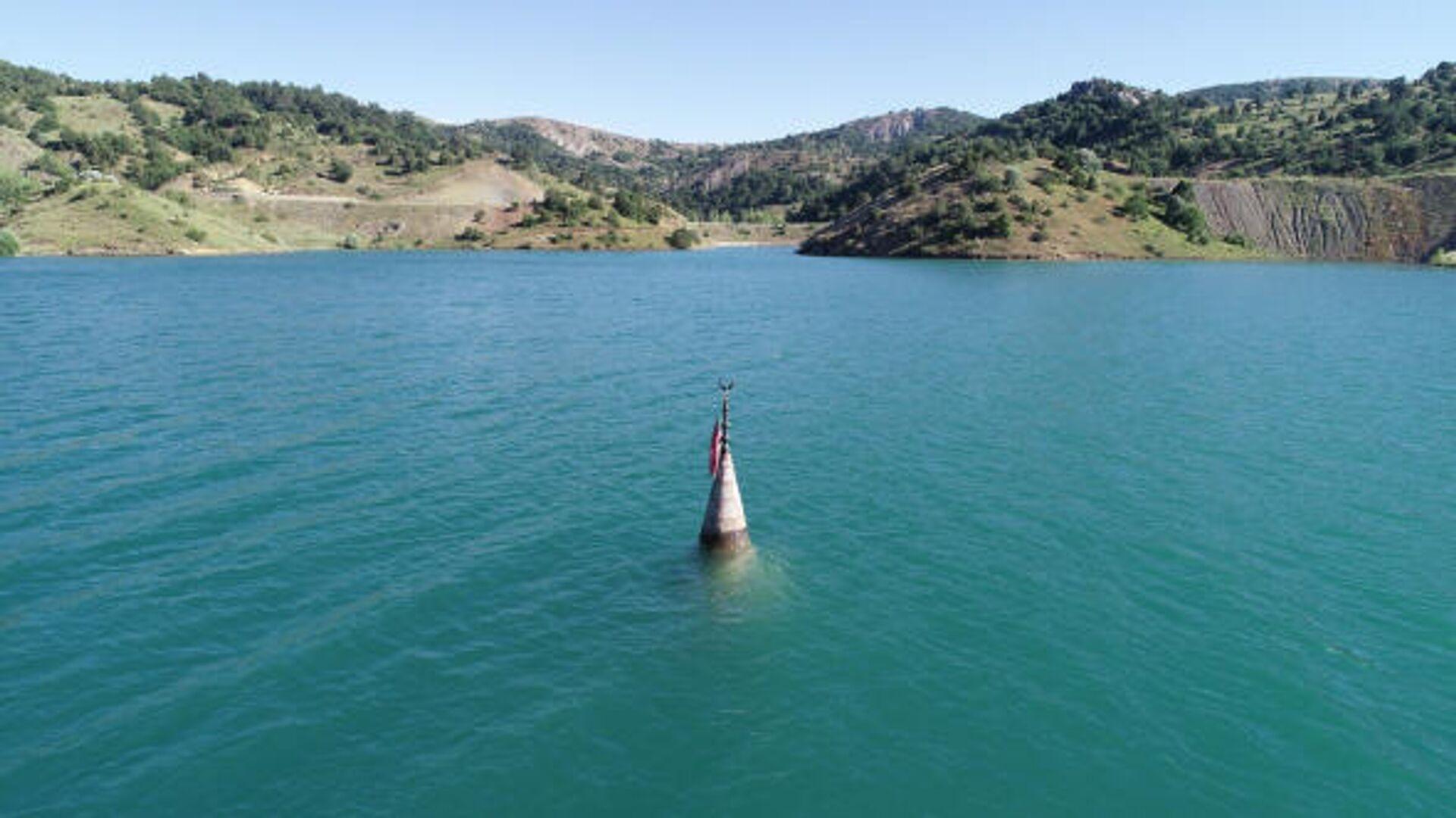 Sulara gömülen köy 12 yıl sonra ortaya çıktı - Sputnik Türkiye, 1920, 14.10.2021