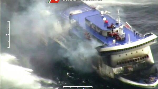 Adriyatik'te seyir halindeyken yanan Norman Atlantic adlı feribot - Sputnik Türkiye