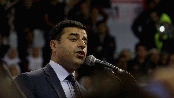 HDP Eş Genel Başkan Selahattin Demirtaş - Sputnik Türkiye