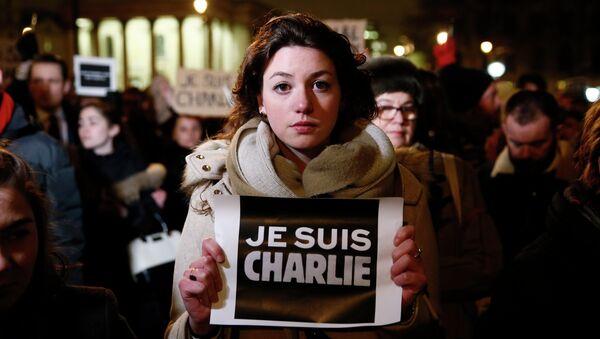 Londra'da Charlie Hebdo saldırısına protesto - Sputnik Türkiye