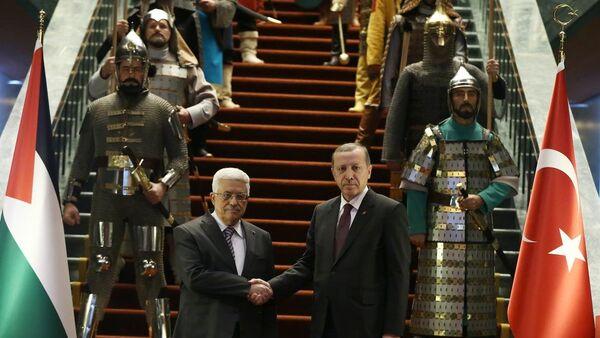 Erdoğan, Abbas'ı 16 Türk devletinin askeriyle karşıladı - Sputnik Türkiye