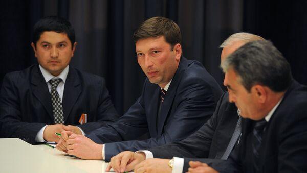 Kırım'ın uluslararası ilişkiler ve sürgün edilen vatandaşlardan sorumlu Devlet Komitesinin Başkanı Zaur Smirnov - Sputnik Türkiye
