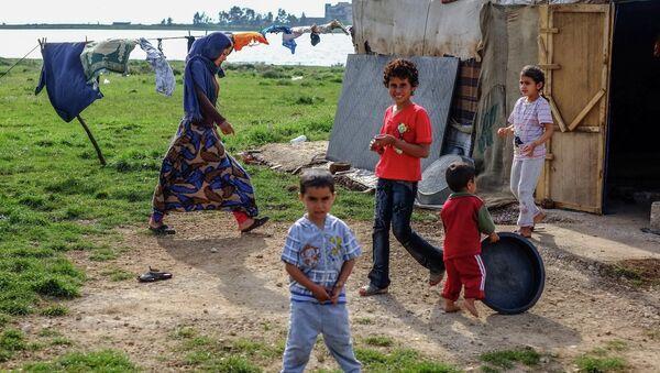 Lübnan'da Suriyeli mülteciler - Sputnik Türkiye