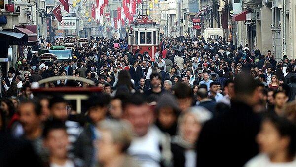 İstanbul kalabalık - Sputnik Türkiye