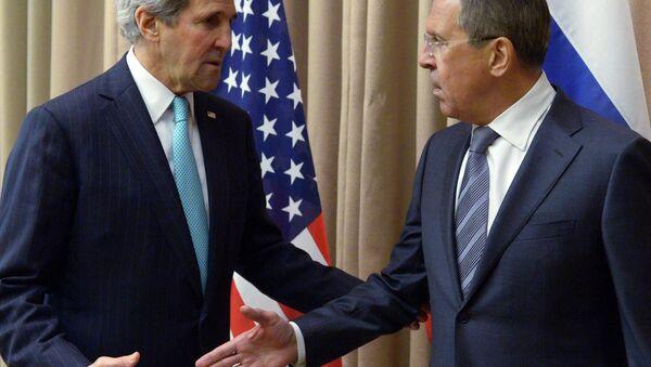 ABD Dışişleri Bakanı John Kerry ve Rusya Dışişleri Bakanı Sergey Lavrov - Sputnik Türkiye