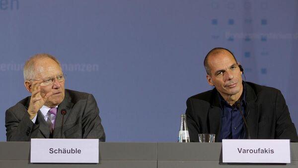 Yunanistan Maliye Bakanı Yanis Varufakis, Almanya Maliye Bakanı Wolgang Schaeuble - Sputnik Türkiye