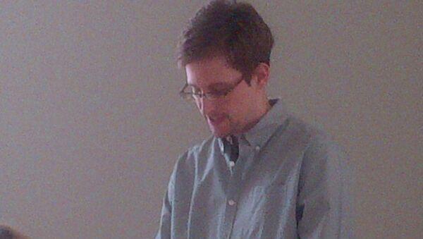 Edward Snowden - Sputnik Türkiye
