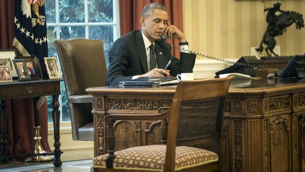 ABD Başkanı Barack Obama telefon - Sputnik Türkiye