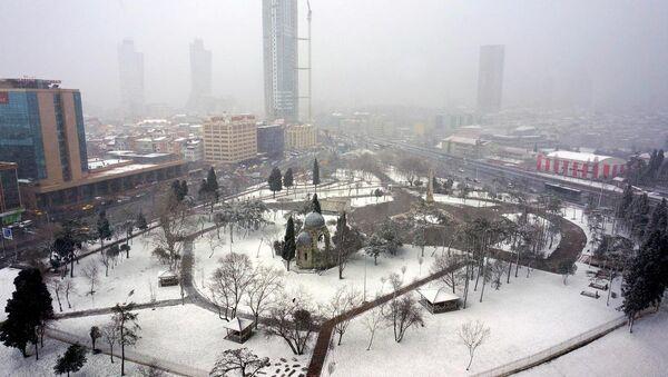 İstanbul'da kar kar yağısı - Sputnik Türkiye
