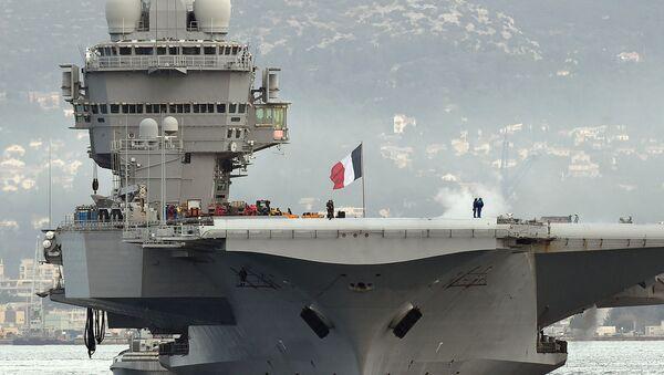 Fransız Charles de Gaulle uçak gemisi - Sputnik Türkiye