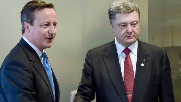 David Cameron & Pyotr Poroşenko - Sputnik Türkiye