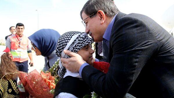 Türkiye Başbakanı Ahmet Davutoğlu Mardin'de - Sputnik Türkiye