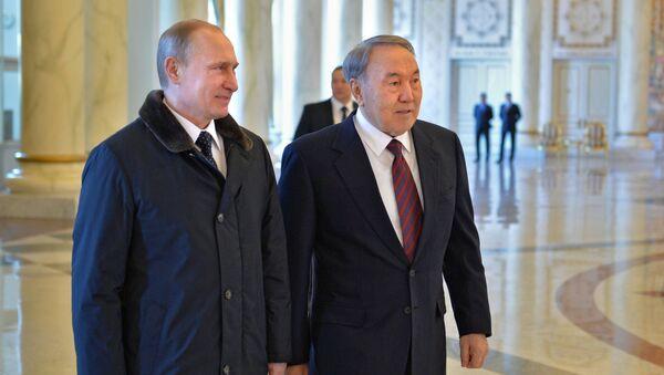 Rusya Devlet Başkanı Vladimir Putin ve Kazakistan Devlet Başkanı Nursultan Nazarbayev - Sputnik Türkiye