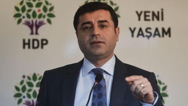 HDP Eşbaşkanı Selahattin Demirtaş - Sputnik Türkiye