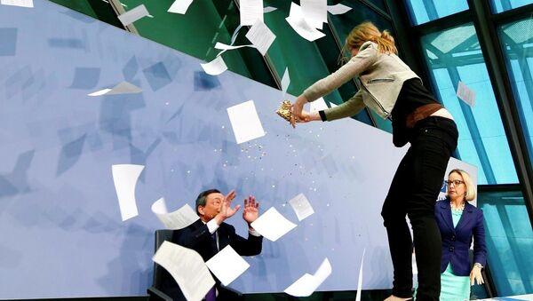 Avrupa Merkez Bankası (ECB) Mario Draghi - Sputnik Türkiye