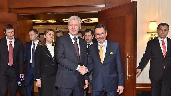 Sergey Sobyanin & Melih Gökçek - Sputnik Türkiye