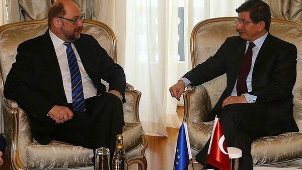 Martin Schulz - Ahmet Davutoğlu - Sputnik Türkiye