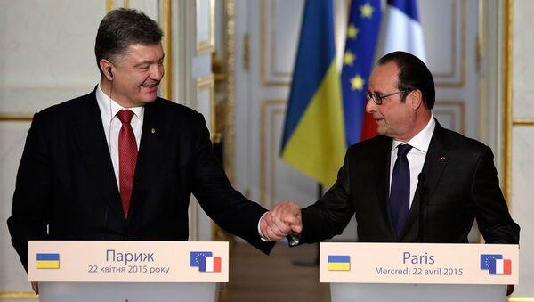 Pyotr Poroşenko & François Hollande - Sputnik Türkiye