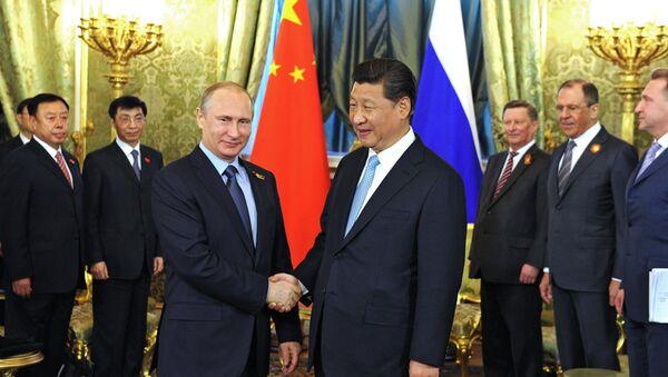 Çin Devlet Başkanı Şi Jinping ve Rusya Devlet Başkanı Vladimir Putin - Sputnik Türkiye