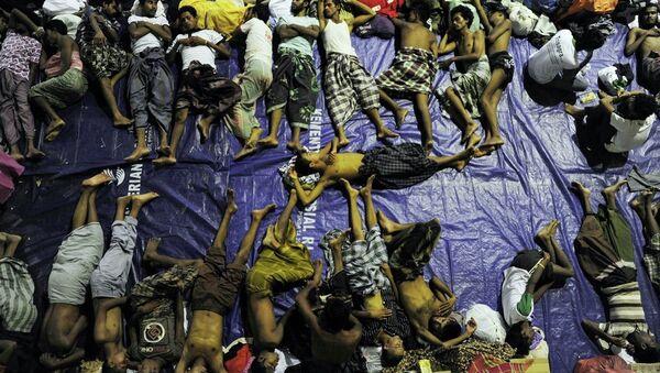 Asya'daki göçmen dramından en fazla etkilenenler Myanmar'da hiçbir vatandaşlık hakkında sahip olmayan Arakanlı Müslümanlar oldu. - Sputnik Türkiye