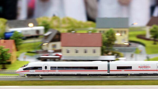 Moskova- Kazan arasında yapılacak hızlı tren projesi - Sputnik Türkiye
