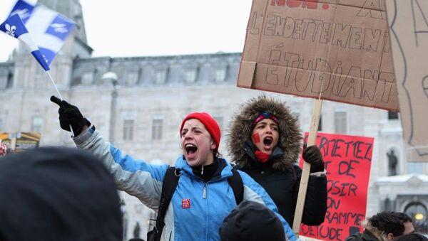 Kanada öğrenci protesto - Sputnik Türkiye