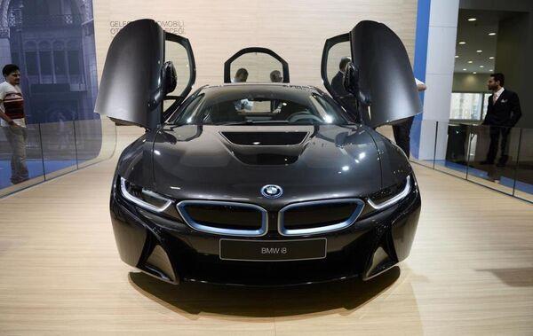 BMW İ8 modeli. - Sputnik Türkiye