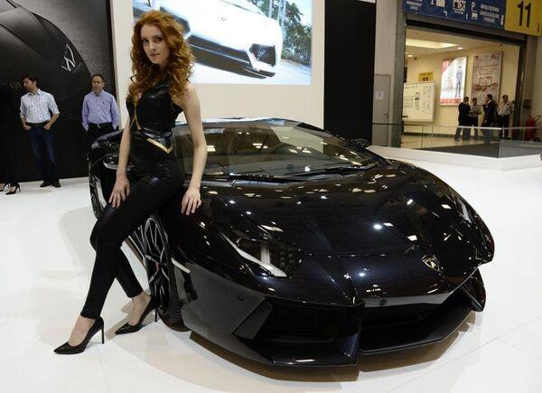 Lamborghini Aventador LP700-4 Roadster modeli. - Sputnik Türkiye