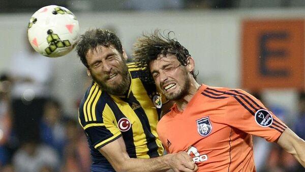 İstanbul Başakşehir ile Fenerbahçe - Sputnik Türkiye
