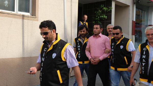 Gürsu Belediye Başkanı Cüneyt Yıldız, uğradığı silahlı sonucu yaralandı - Sputnik Türkiye