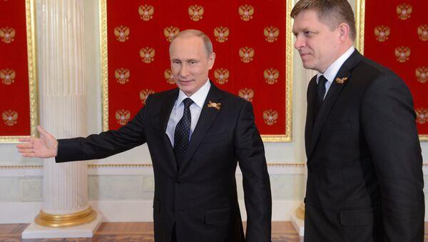 Vladimir Putin ve Robert Fico - Sputnik Türkiye