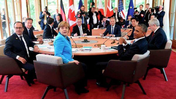 Almanya Başbakanı Angela Merkel'in başkanlığında yapılan ve iki gün süren G7 zirvesine ABD, İngiltere, Japonya, Fransa, İtalya, Kanada devlet başkanları katıldı. - Sputnik Türkiye