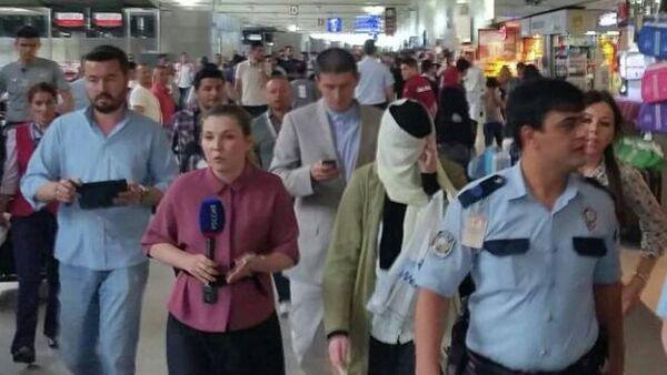 Varvara Karaulova, İstanbul Atatürk Havalimanı'nda - Sputnik Türkiye
