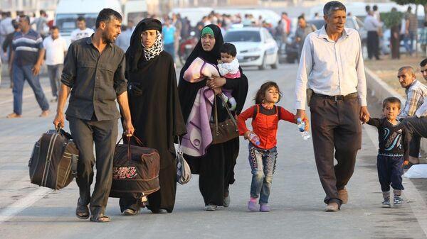 Türkiye'ye sığınan Suriyeliler - Sputnik Türkiye