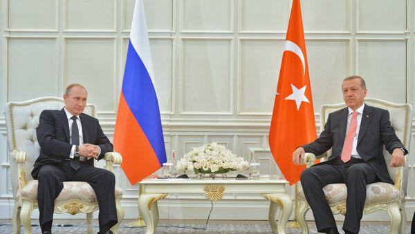 Rusya Devlet Başkanı Vladimir Putin ve Cumhurbaşkanı Recep Tayyip Erdoğan - Sputnik Türkiye