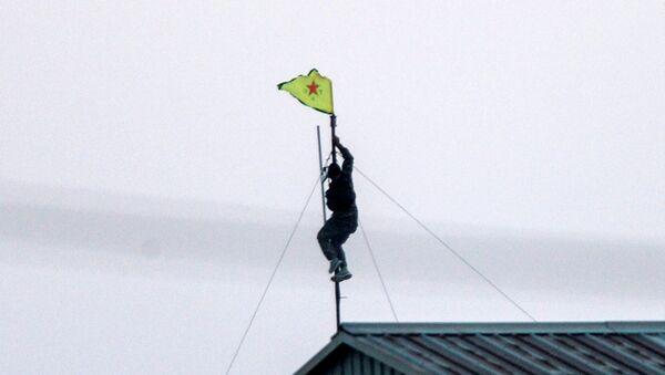 YPG bayrağı - Akçakale - Sputnik Türkiye