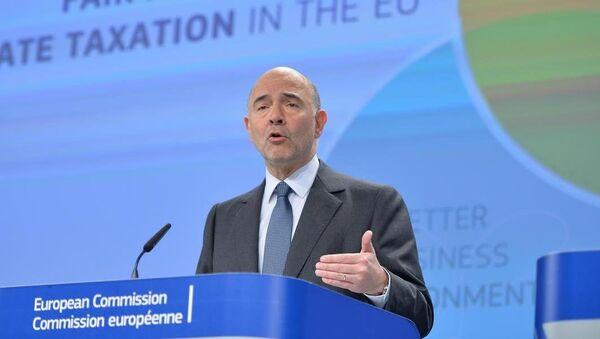 AB Komisyonu'nun Ekonomi, Mali işler, Vergilendirme ve Gümrük Birliğinden sorumlu üyesi Pierre Moscovici - Sputnik Türkiye