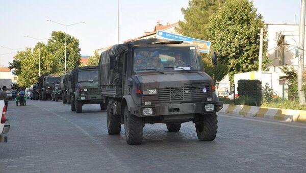 Gaziantep'te Suriye sınırına askeri sevkiyat yapıldı - Sputnik Türkiye