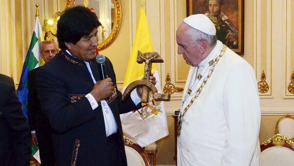 Evo Morales - Papa Francis - Sputnik Türkiye