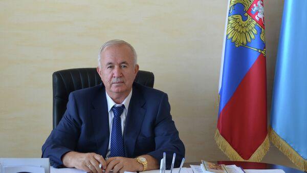 Kırım Tatar Toplum Konseyi Başkanı ve Kırım Birliği Başkanı Seyitömer Nimetullayev - Sputnik Türkiye