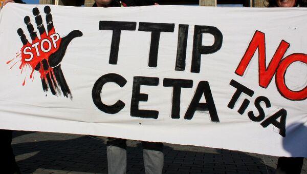 TTIP karşıtı gösteriler - Sputnik Türkiye