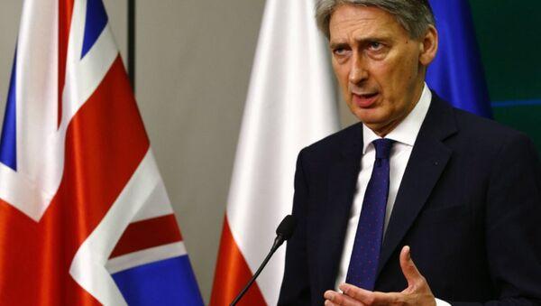İngiltere Dışişleri Bakanı Philip Hammond - Sputnik Türkiye