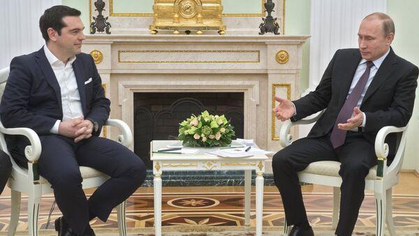 Vladimir Putin & Aleksis Çipras - Sputnik Türkiye